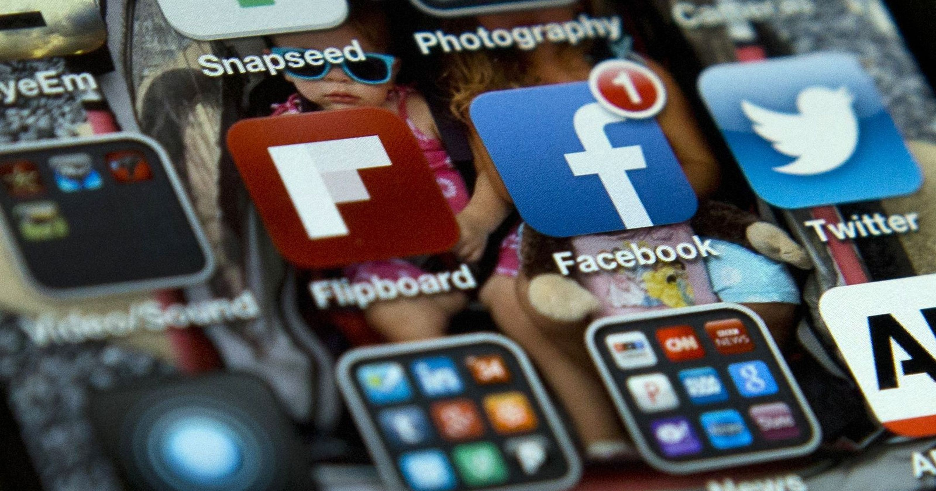 Wallpaper Dinding Facebook Paling Indah Untuk How to Bring Ios Apps Back to Your Home Screen