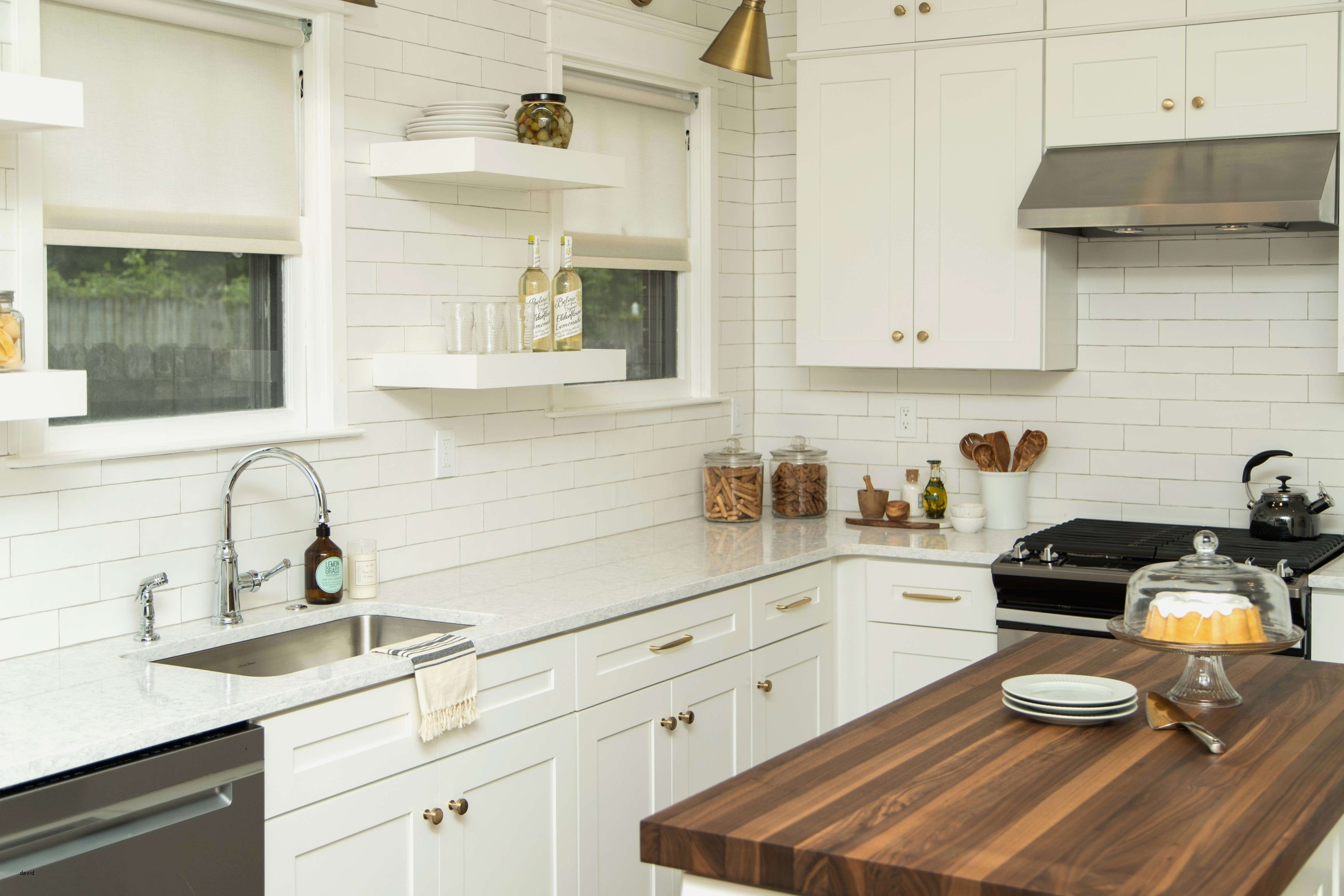 Small Kitchen Design Layout 10—10 Small Kitchen Remodeling Home