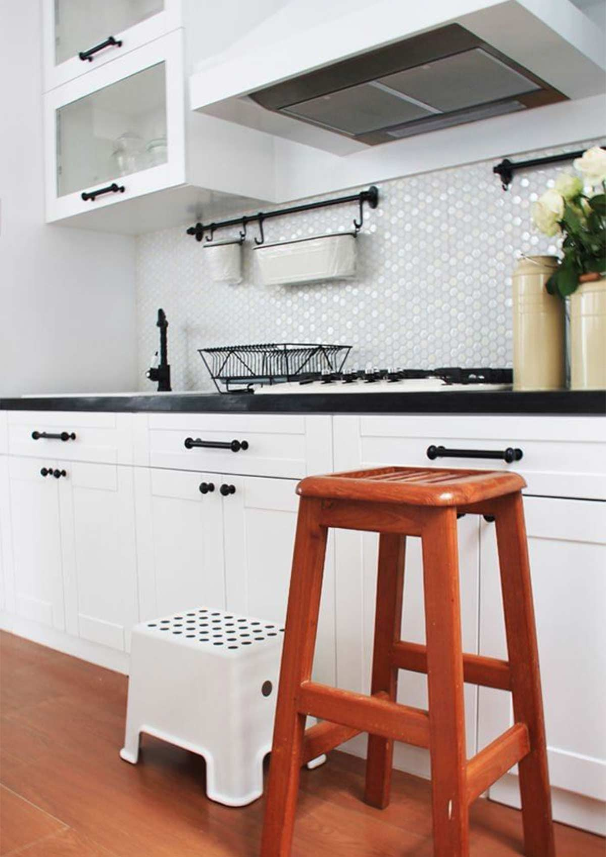 Foto KItchen Set Retro ©Rytama Interiors