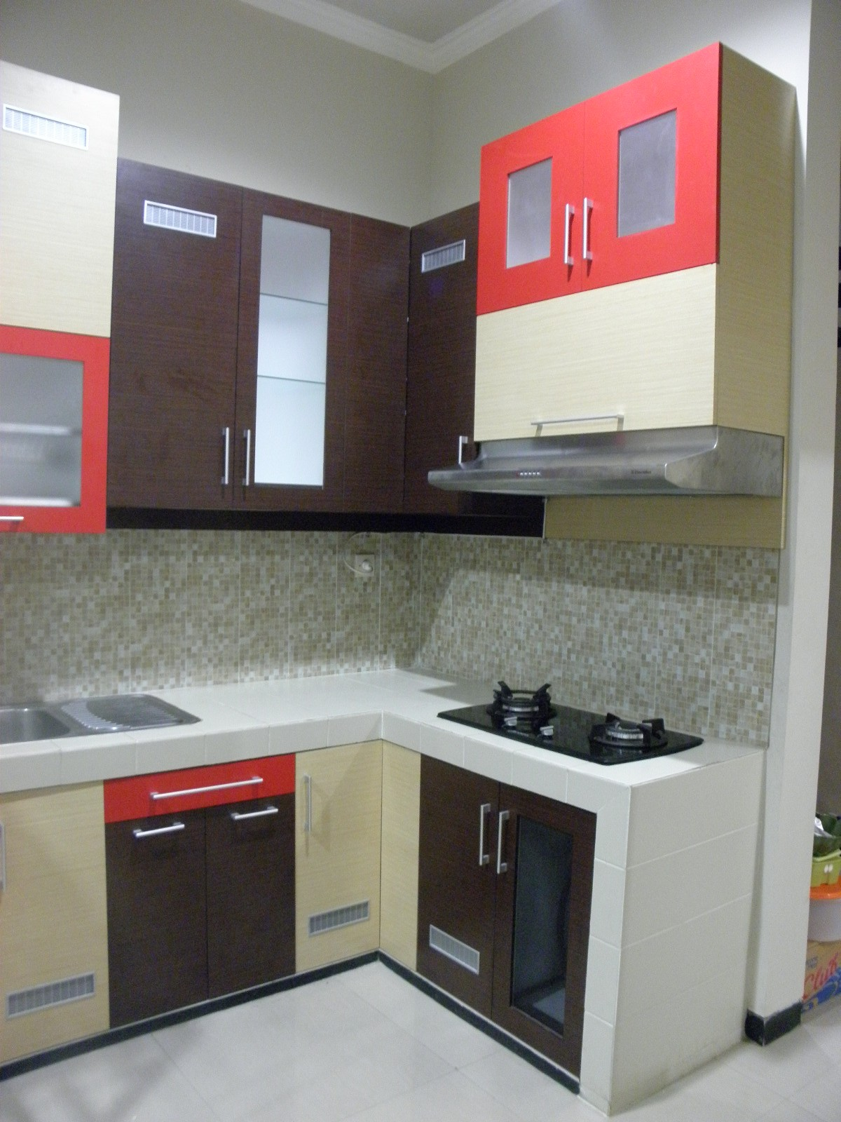 Desain Kitchen Set Modern Kecil Terbaik Untuk Desain Dapur Kitchen T Of Desain Kitchen Set Modern Kecil Terbagus Untuk is A U Shaped Layout the Right Choice for Your Kitchen — and if so