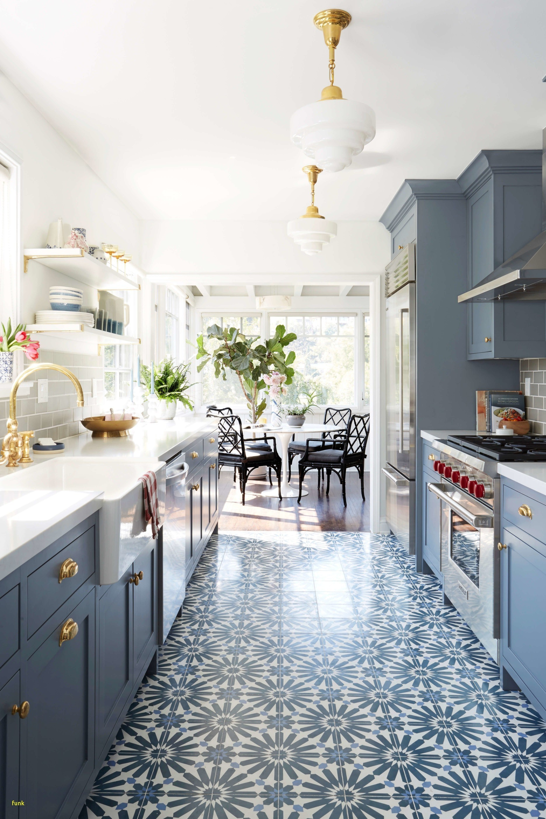 20 Inspirational Small Kitchen Remodeling Ideas s