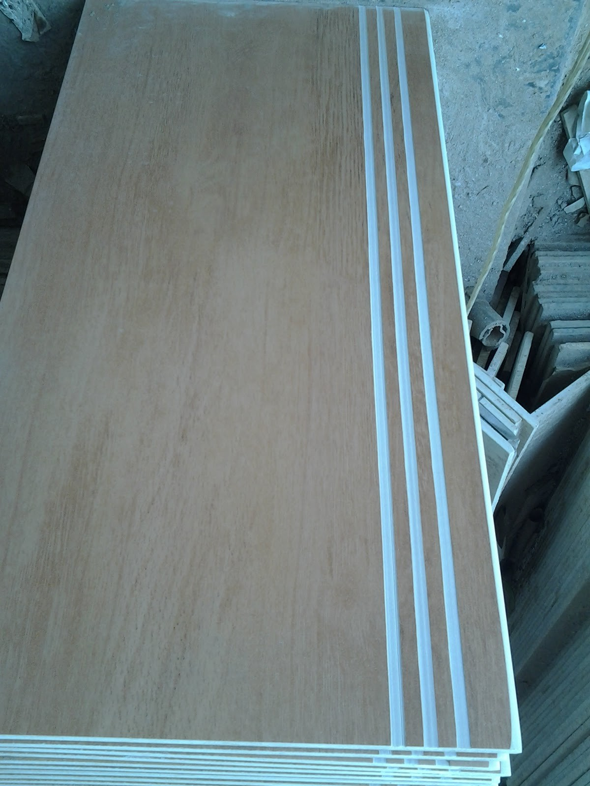 Size 30x60 step Nosing