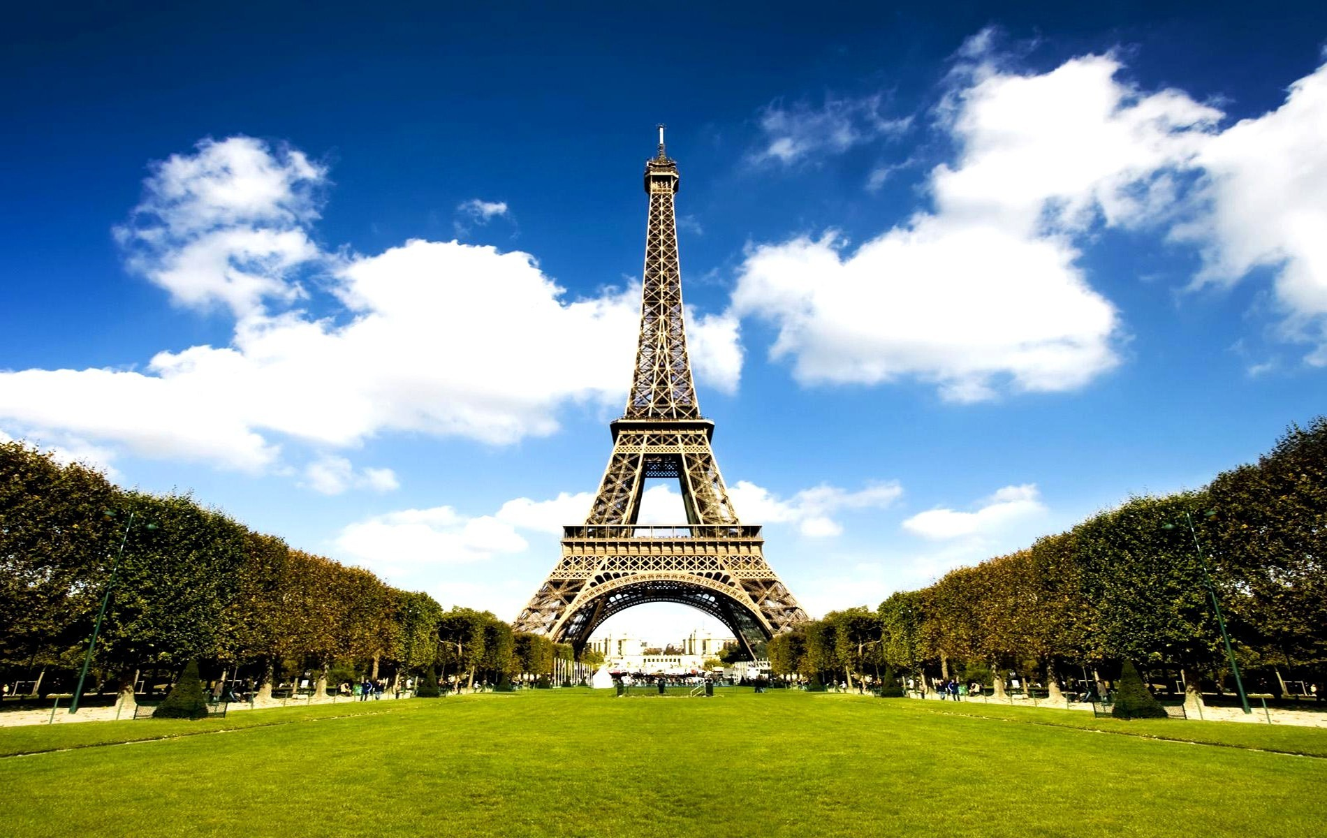 Eiffel Tower Hd Wallpaper Collection For Free Download