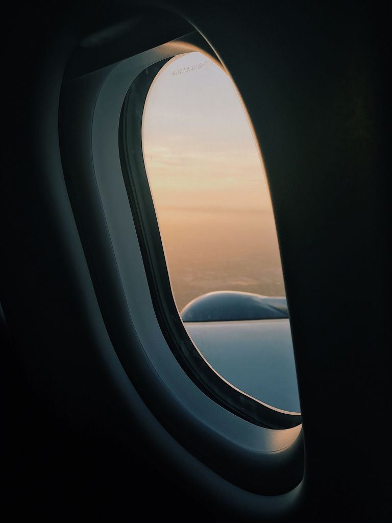 Wallpaper Dinding Natal Paling Modern Untuk Airplane Window Plane Window Wallpaper iPhone Wallpapers iPhone