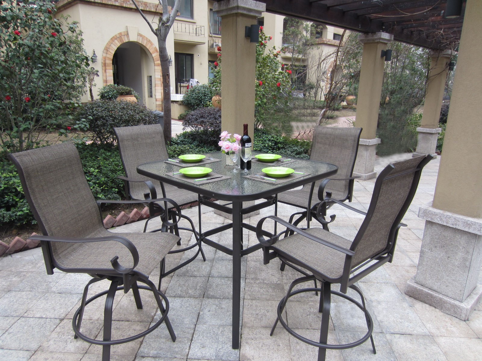 Guide to Choosing Metal Patio Sets Furniture