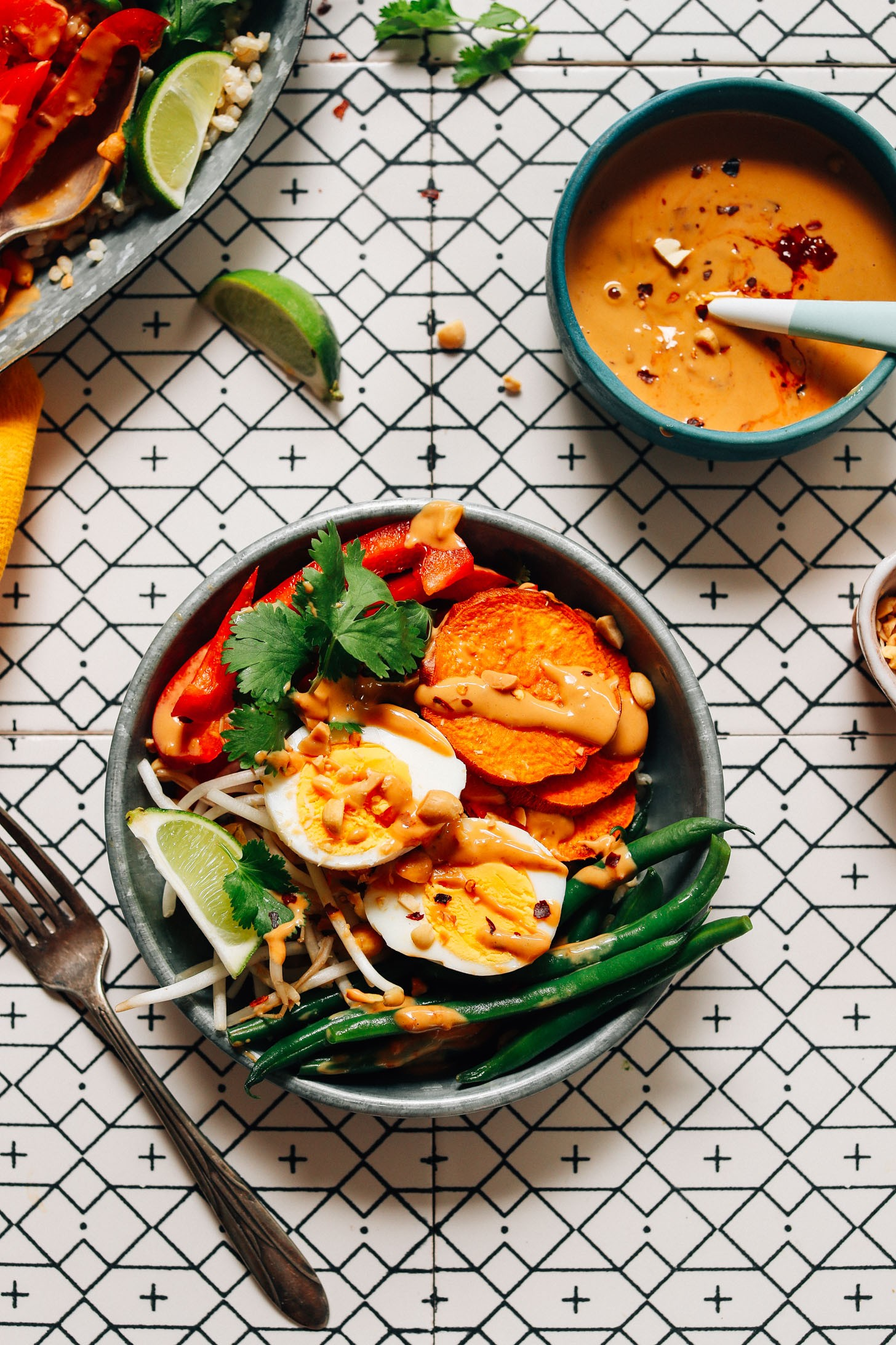 FRESH and Delicious Gado Gado with Roasted and Fresh Veggies and Spicy Peanut Sauce Simple ingre nts ready in 30 minutes dairyfree dinner lunch gadogado glutenfree minimalistbaker recipe 10